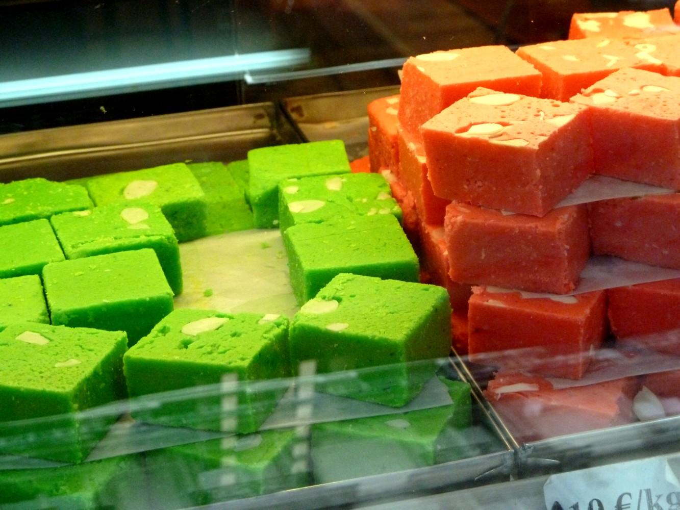 Sweets shop \u2013 Patisseries indiennes boutique Paris Inde India France