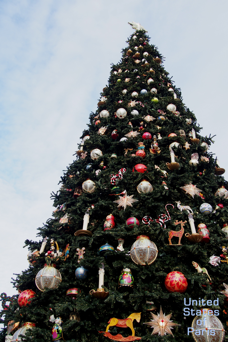 Christmas tree sapin de noel disneyland paris park france - Sapin de noel disney ...