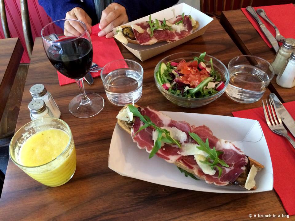 A brunch in a bag by Da carla Traini marilou resto fooding foodporn cuisine italienne fraiche a emporter menu bruschetta dimanche Paris