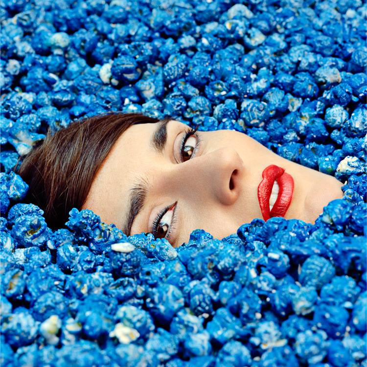 Nouvel album de Yelle Complètement Fou musique electro pop french singer Because music Kemosabe Dr Luke