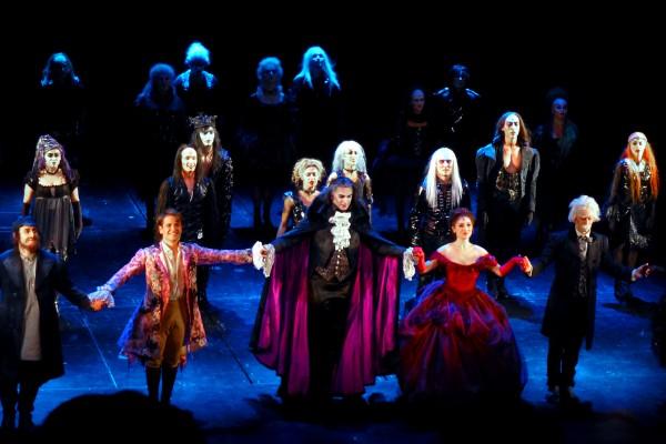 Le Bal des vampires - Comédie Musicale - Théâtre Mogador Paris ©United States of Paris