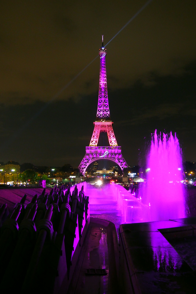Pink eiffel tower tour eiffel clair e couleur rose pour - Couleur de la tour eiffel ...