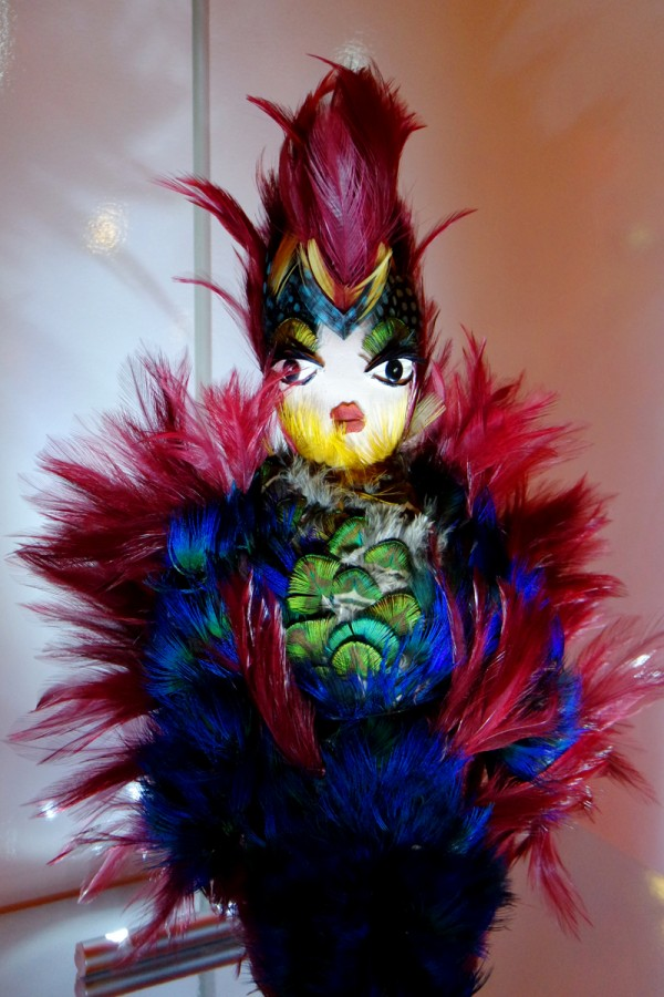 Papageno-doll-by-Gucci-Rome-colorful-feathers-applied-by-hand-exposition-vente-Frimousses-de-créateurs-Unicef-2014-Théâtre-du-Châtelet-photo-by-United-States-of-Paris-blog