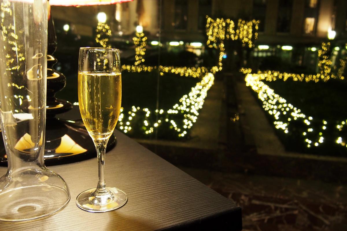 Coupe de champagne la bulle de l hotel du collectionneur - Une coupe de champagne ...