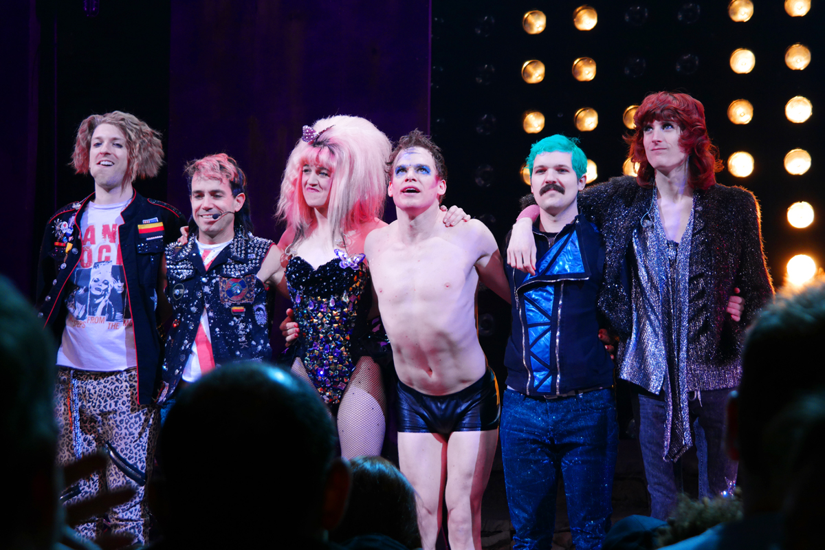 Hedwig and the angry inch broadway musical show Michael C Hall Lena Hall Justin Craig Matt Duncan Tim Mislock Peter Yanowitz new york city photo by United States of Paris Blog
