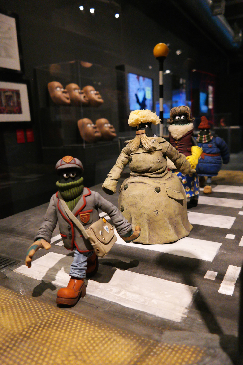 Exposition-Aardman-Animations-Abbey-Road-animation-set-original-props-and-puppets-Shaun-le-mouton-le-film-Shaun-the-sheep-the-movie-2015-Art-Ludique-le-Musée-Paris