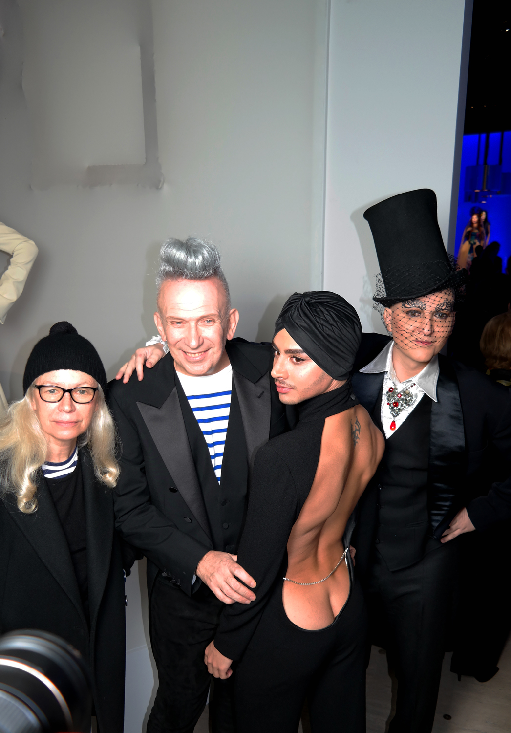 Jean-Paul-Gauthier-Ali-Mahdavi-vernissage-vip-exposition-Grand-palais-fashion-couture-sexy-photo-by-United-States-of-Paris-blog