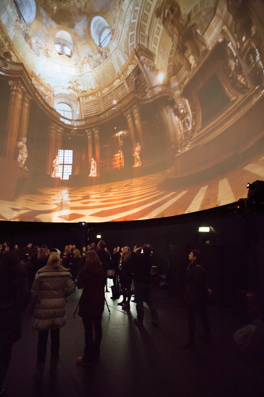 ViennaSphere Tour Place du Palais Royal Paris Autriche Tourisme Vienne expérience 360 degrés Interior 4 (c) WienTourismus_Rainer Fehringer