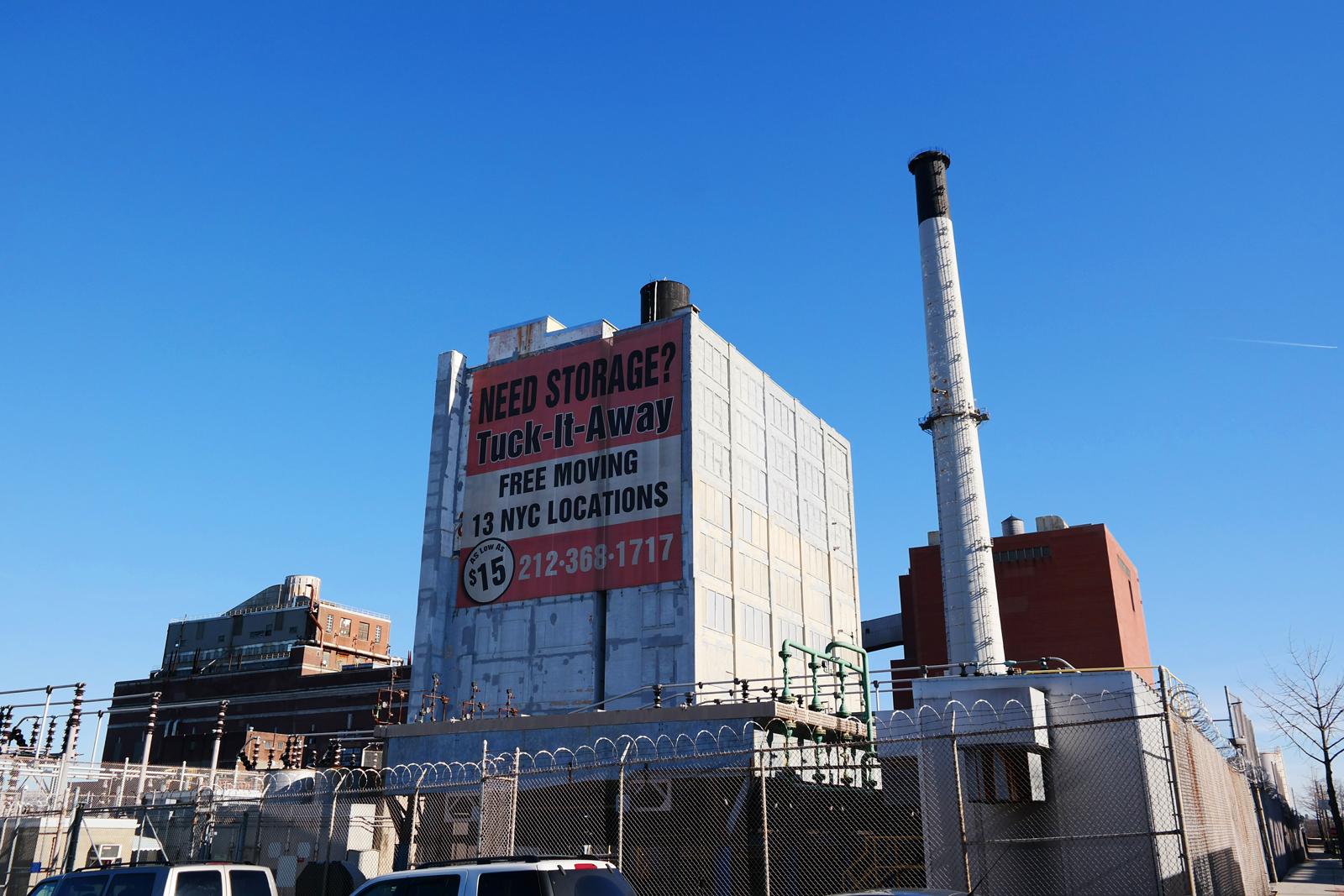 Building-Architecture-Dumbo-New-York-city-neighborhood-borough-of-Brooklyn-imagelogger-VSCOcam-photo-united-states-of-paris-blog
