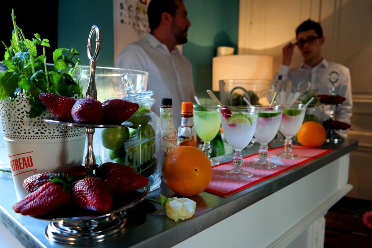 Cointreau Fizz privé soirée entre amis paris Jennifer Taïeb cocktail diner terrasse barman appartement