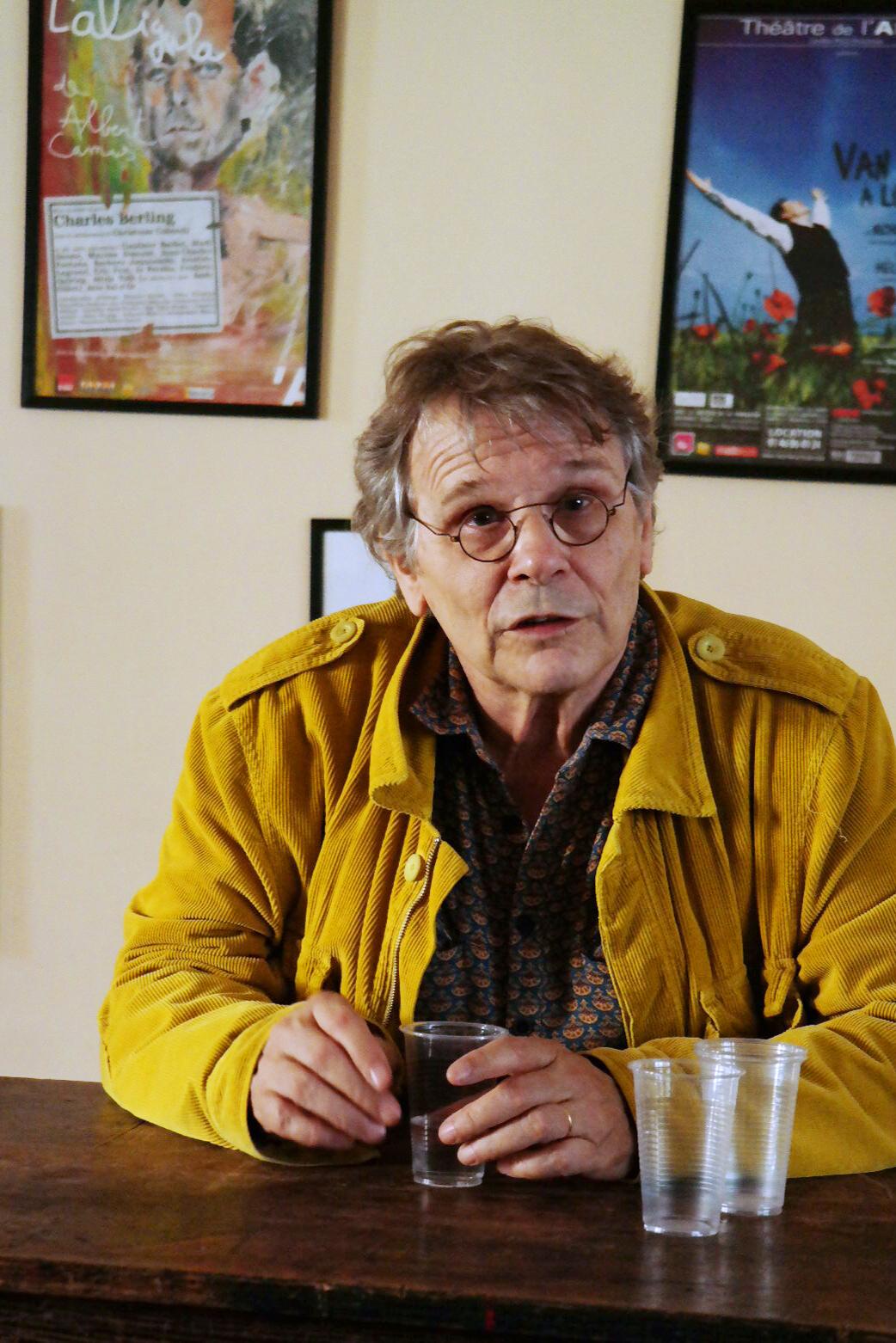 Daniel-Pennac-écrivain-auteur-pièce-Ancien-malade-des-hôpitaux-de-Paris-mise-en-scène-Benjamin-Guillard-au-Théâtre-de-l-Atelier-rencontre-blogueurs-photo-by-United-States-of-Paris-blog