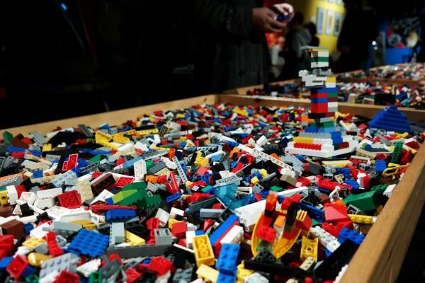 The art of the Brick  Nathan Sawaya art création briques lego critique avis enfants parents photo by United States of Paris