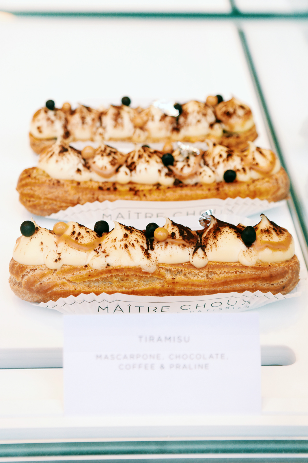 Eclair-Tiramisu-mascarpone-chocolate-coffee-praline-chocolat-café-Maitre-Choux-pastry-patisserie-London-Londres-Joakim-Prat-eclairs-South-Kensington-photo-by-United-States-of-Paris-blog