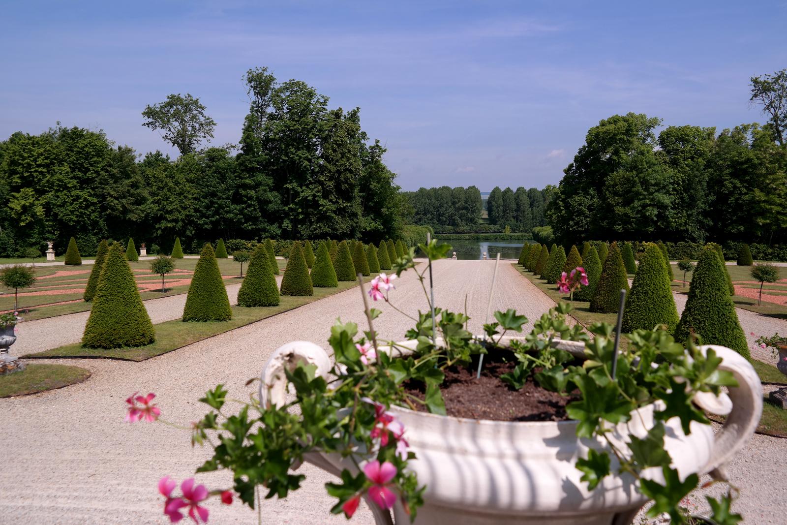 De versailles au ch teau de la motte tilly la - Le jardin de versailles histoire des arts ...