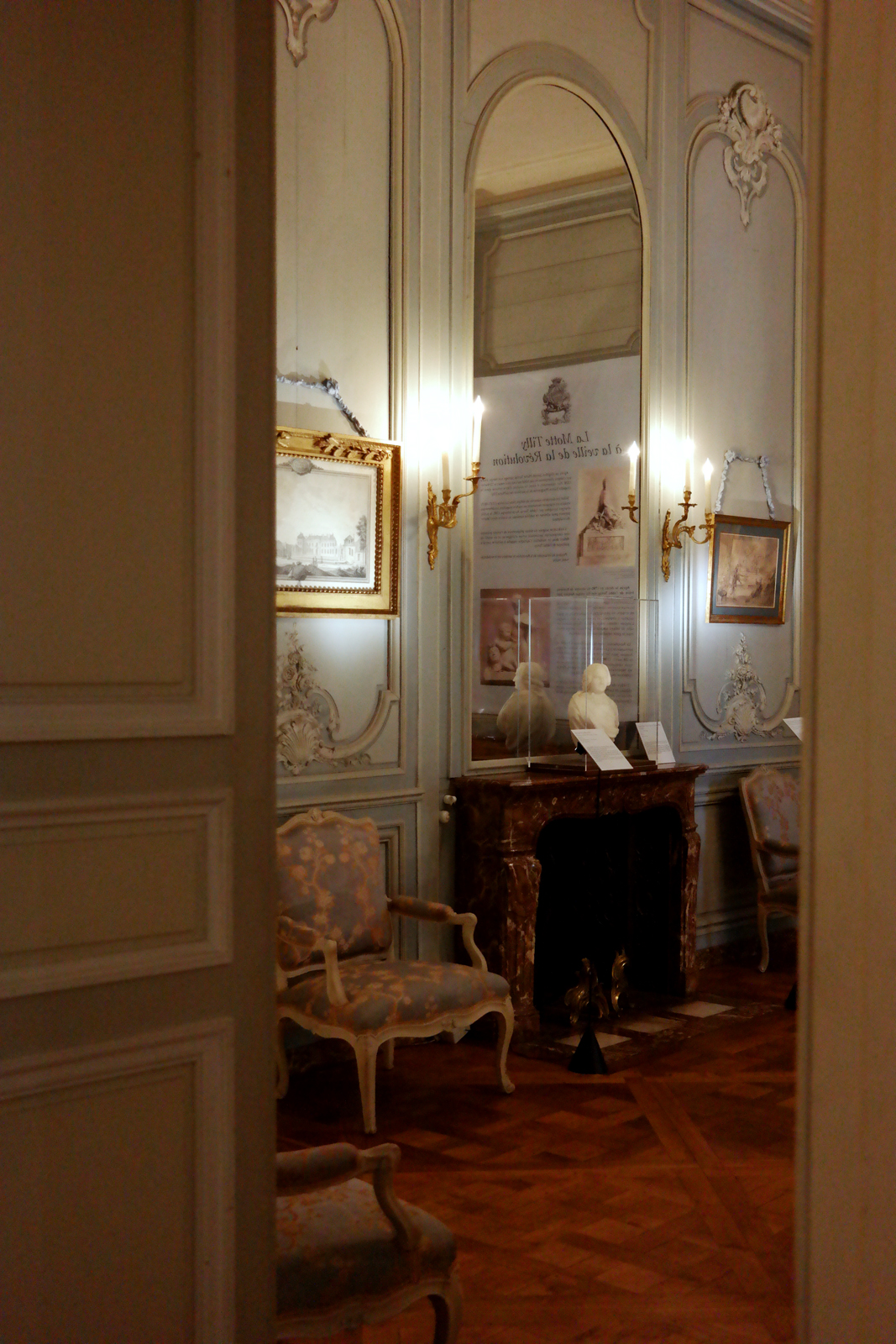 De versailles au ch teau de la motte tilly la for Interieur france