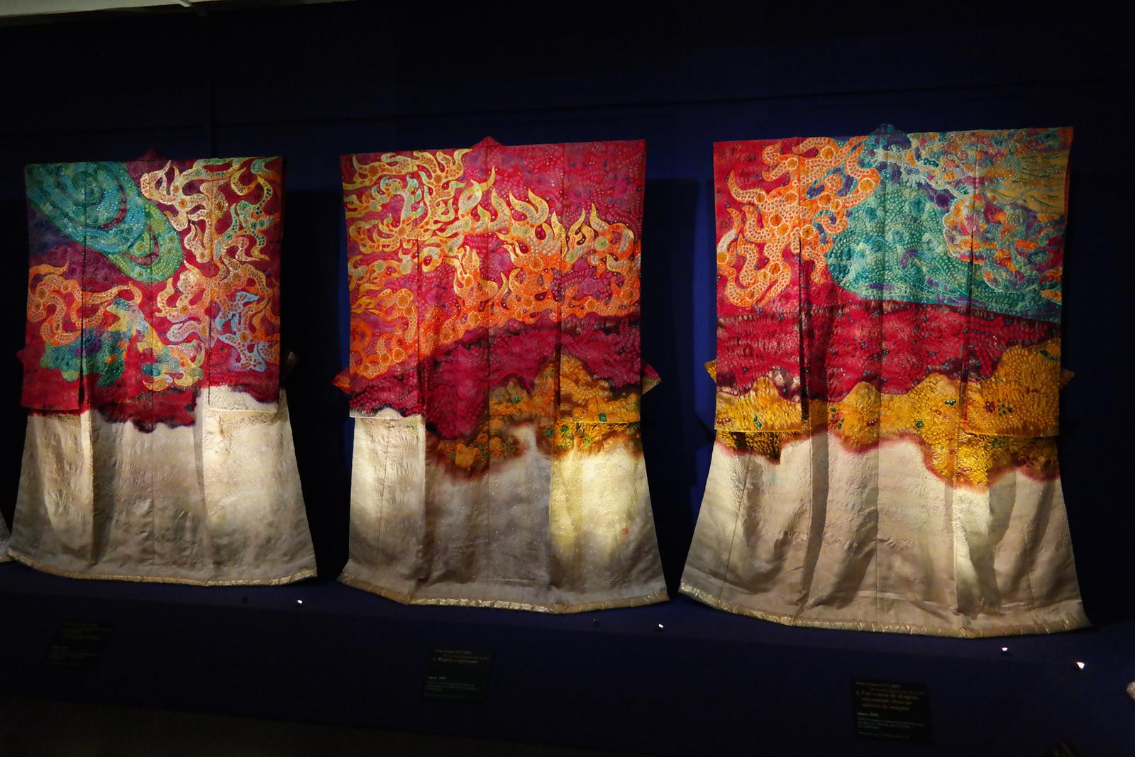 Kimonos de la série Symphonie de lumière de Itchikue Kubota, Japon, 2000