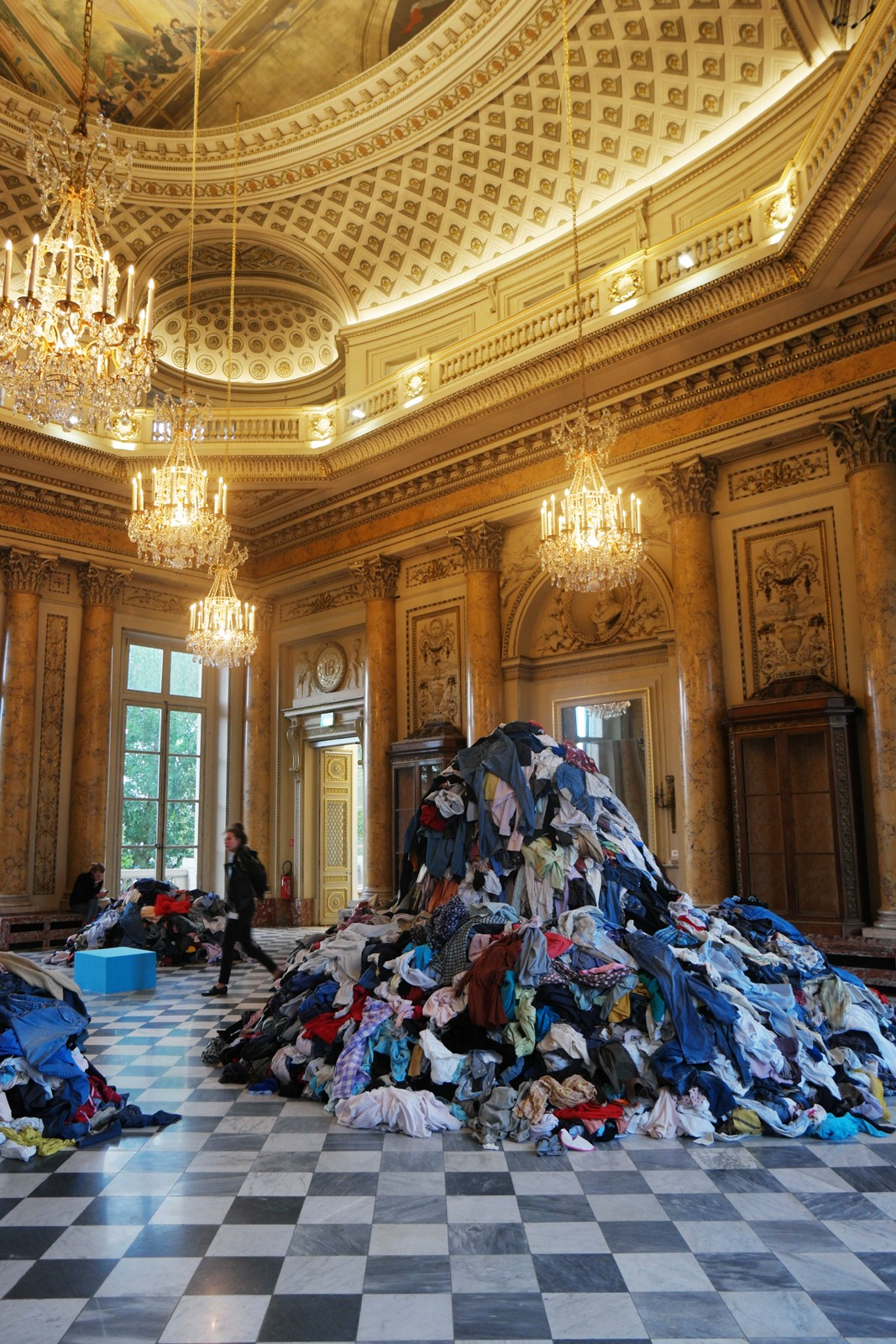 Dispersion, 1991-2015, Christian Boltanski