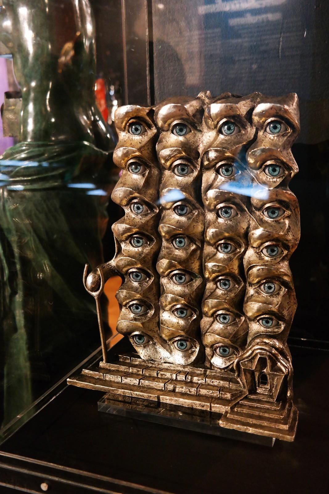 Les yeux surréalistes, 1980, Salvador Dali