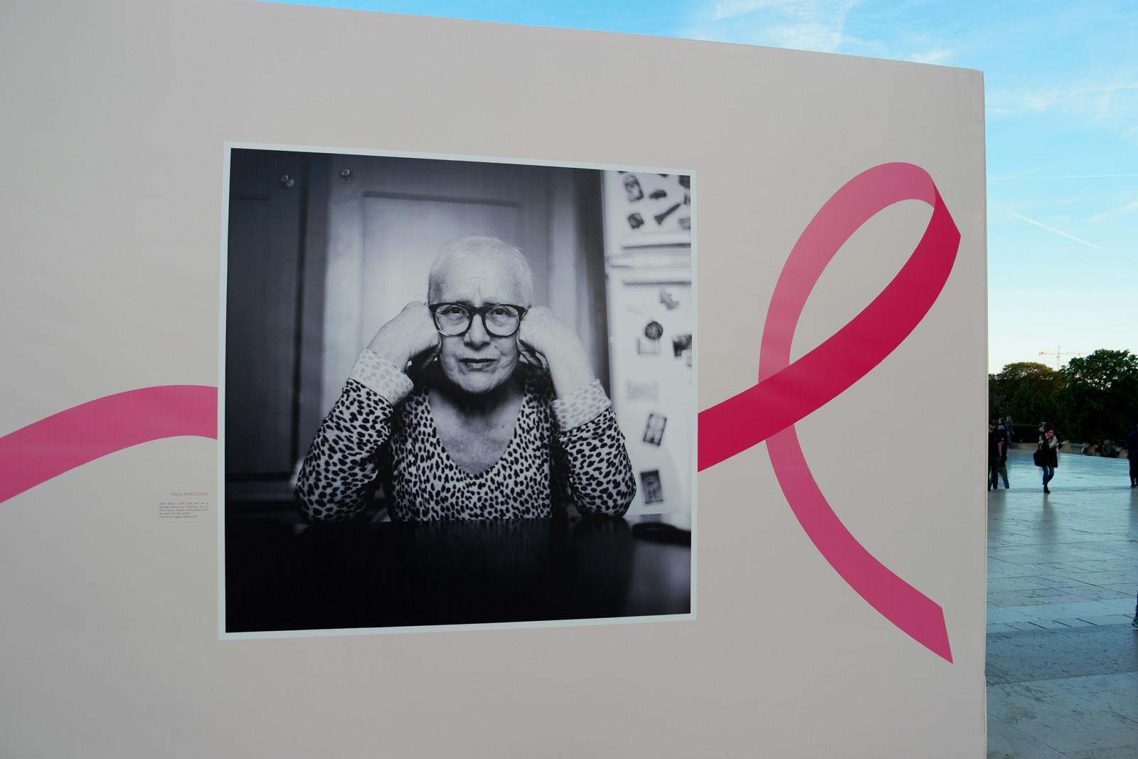 Photo lauréate concours Pink Ribbon award Estée Lauder exposition Octobre Rose 2015 Parvis Trocadéro Tour Eiffel Paris cancer du sein parlons-en photo usofparis