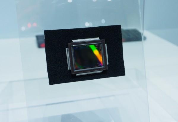 Canon Expo 2015 futur découverte Innovation capteur CMOS 250M 250 millions pixel photo by United States of Paris