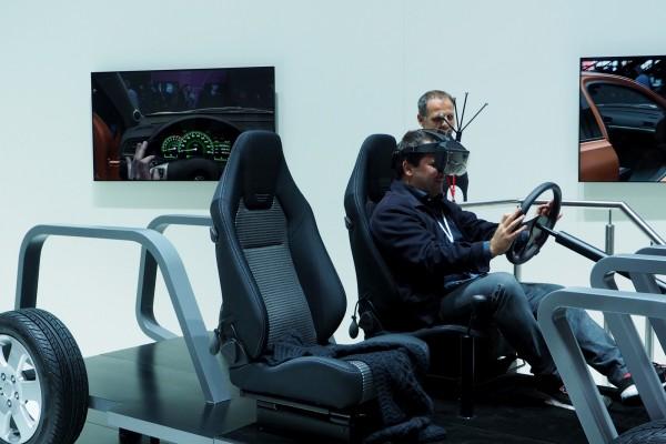 Canon Expo 2015 futur découverte Innovation science virtuel réalité augmenté voiture concession photo by United States of Paris