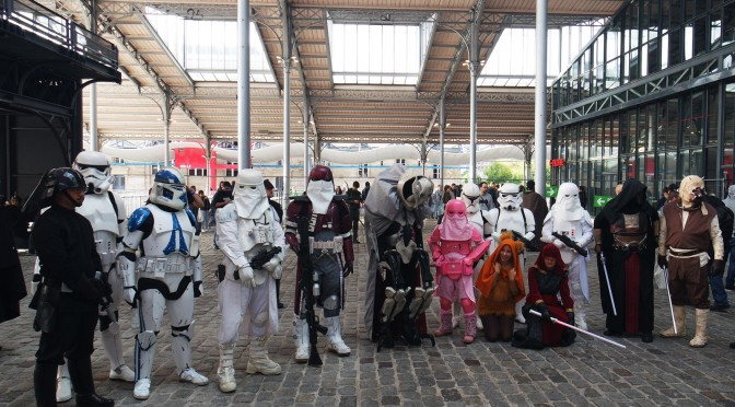 COMIC CON PARIS 2015 ! Cosplay en folie, bogosses et créations à la Villette
