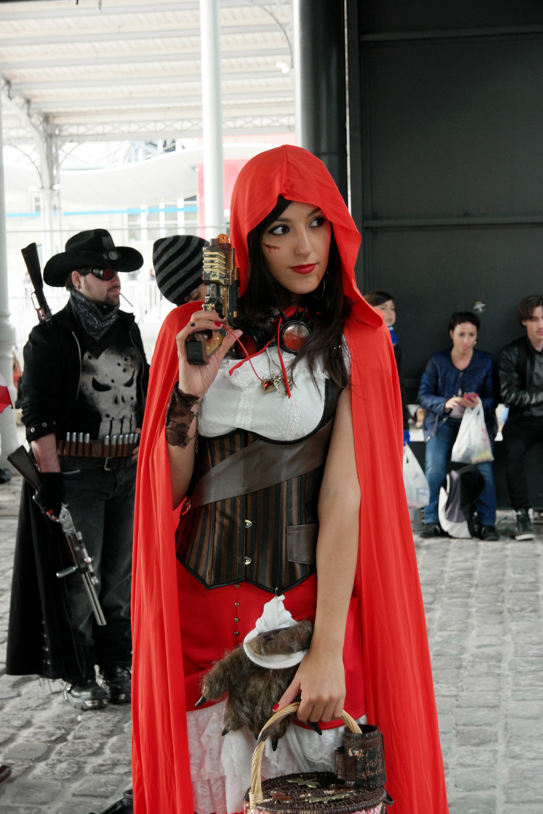 comic con paris 2015   cosplay en folie  bogosses et cr u00e9ations  u00e0 la villette