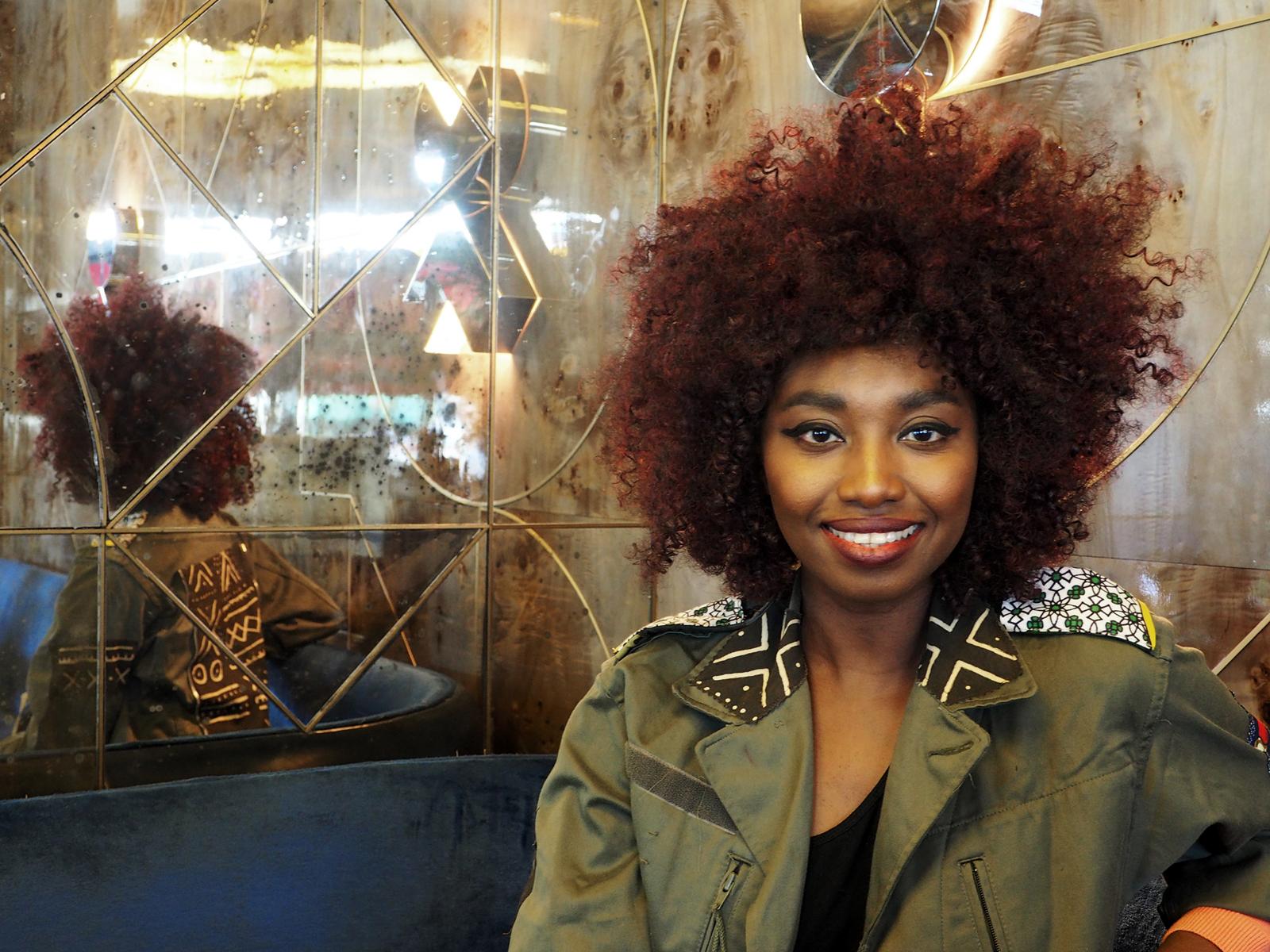 Le sourire de la chanteuse Inna Modja smile interview pour nouvel album Motel Bamako warner music 2015 photo originale united states of paris blog usofparis