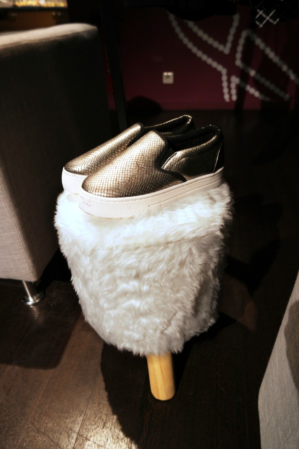 estory idee cadeaux noel tati cristina cordula chaussure accessoire mode déco photo by United States of Paris