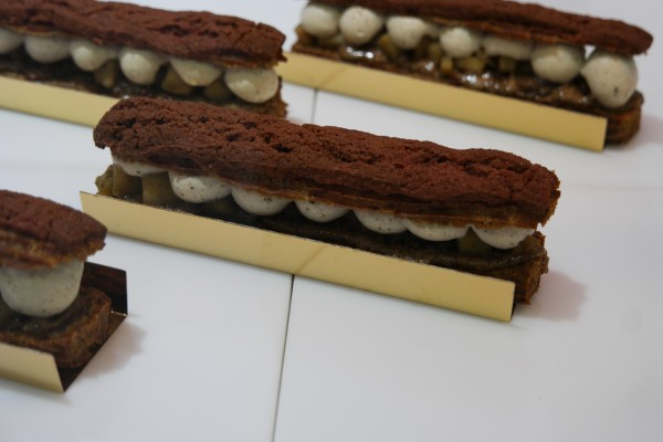 Foucade Paris boutique patisserie sans gluten free sans lactose avis critique éclair photo by United States of Paris