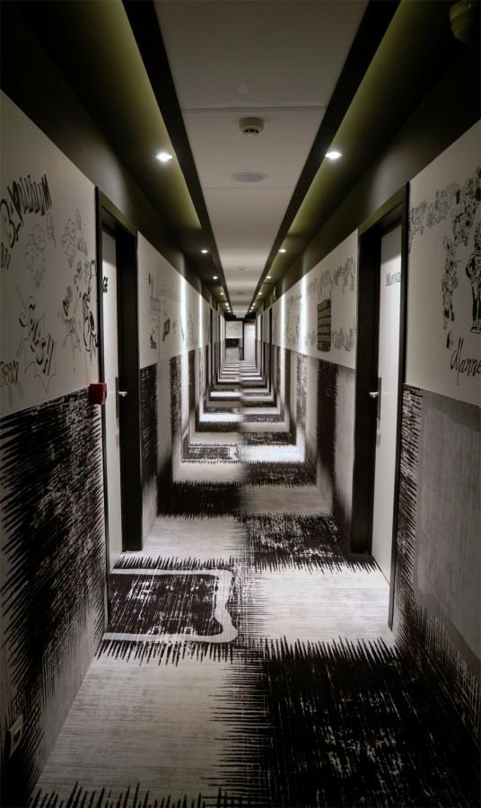 Hotel Dream Mons belgique avis prix tarif critique design suite royale déco chambre thème église gothique Photo by blog United States of Paris
