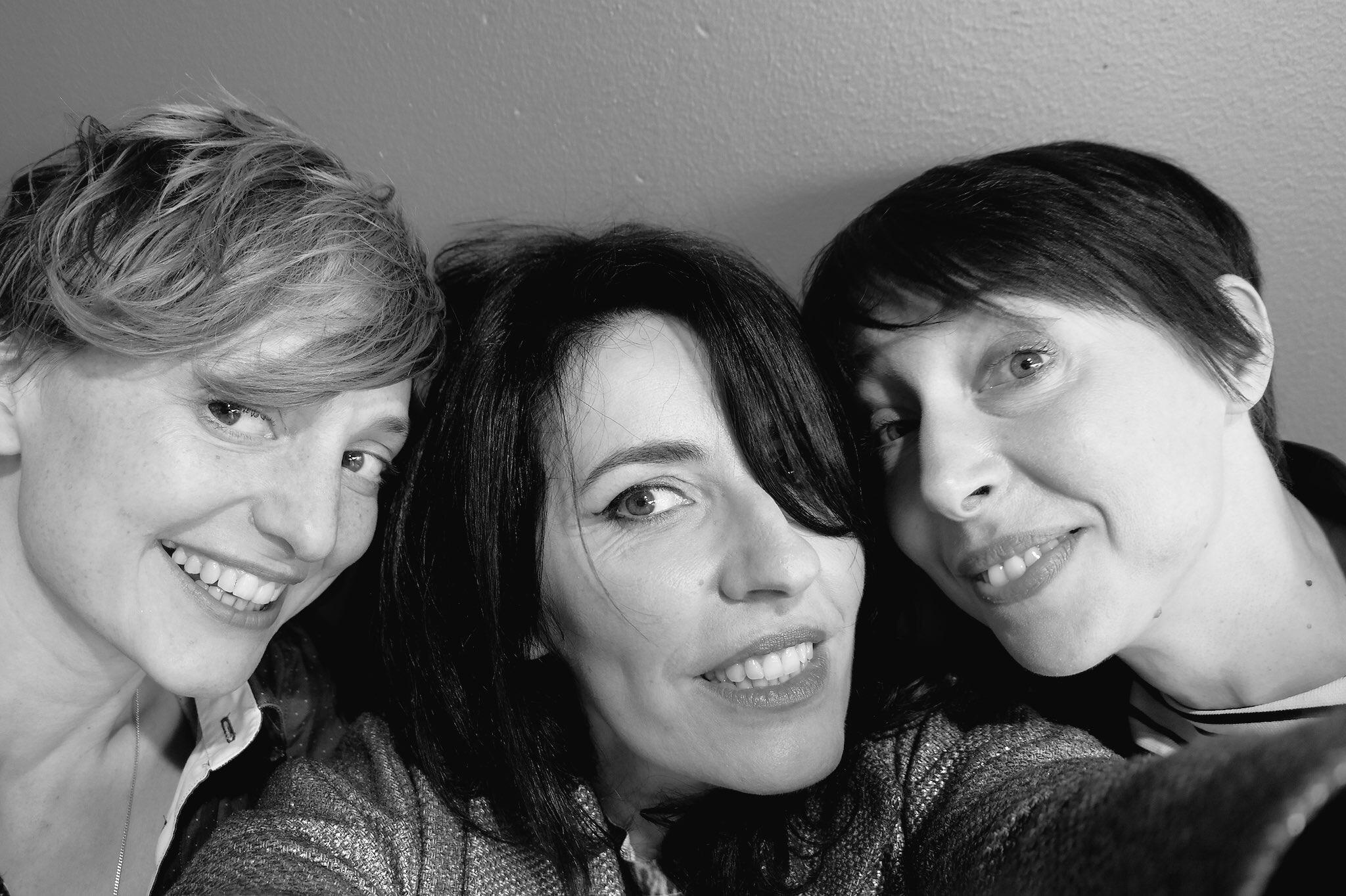 selfie de L Raphaële, La Grande Sophie et Jeanne Cherhal exclu #UsofParis