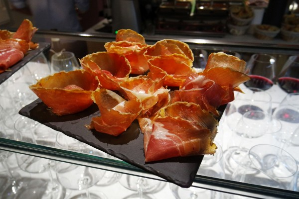 meriggio restaurant paris 9 italien snack brasserie epicerie grands boulevards prosciutto photo by blog United States of Paris