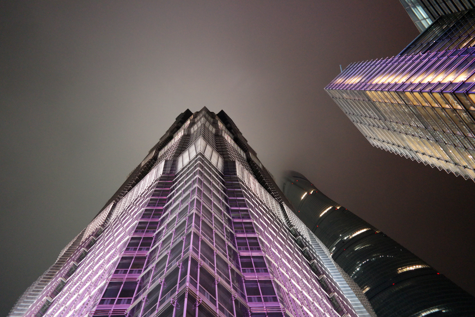 Jin Mao Tower and Shanghai Tower Pudong District China gratte ciel chine photo usofparis blog