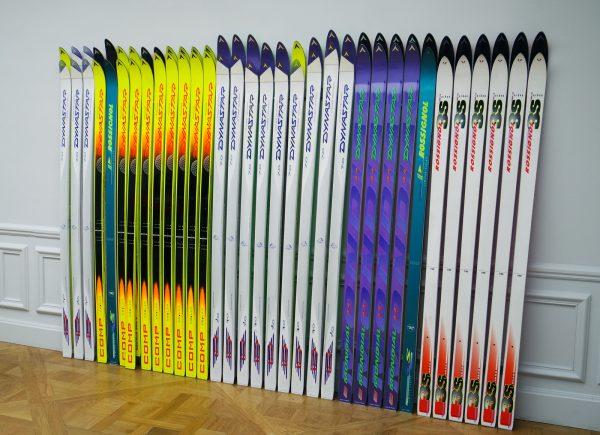 Palisade de skis - Raymond Hains, 1997