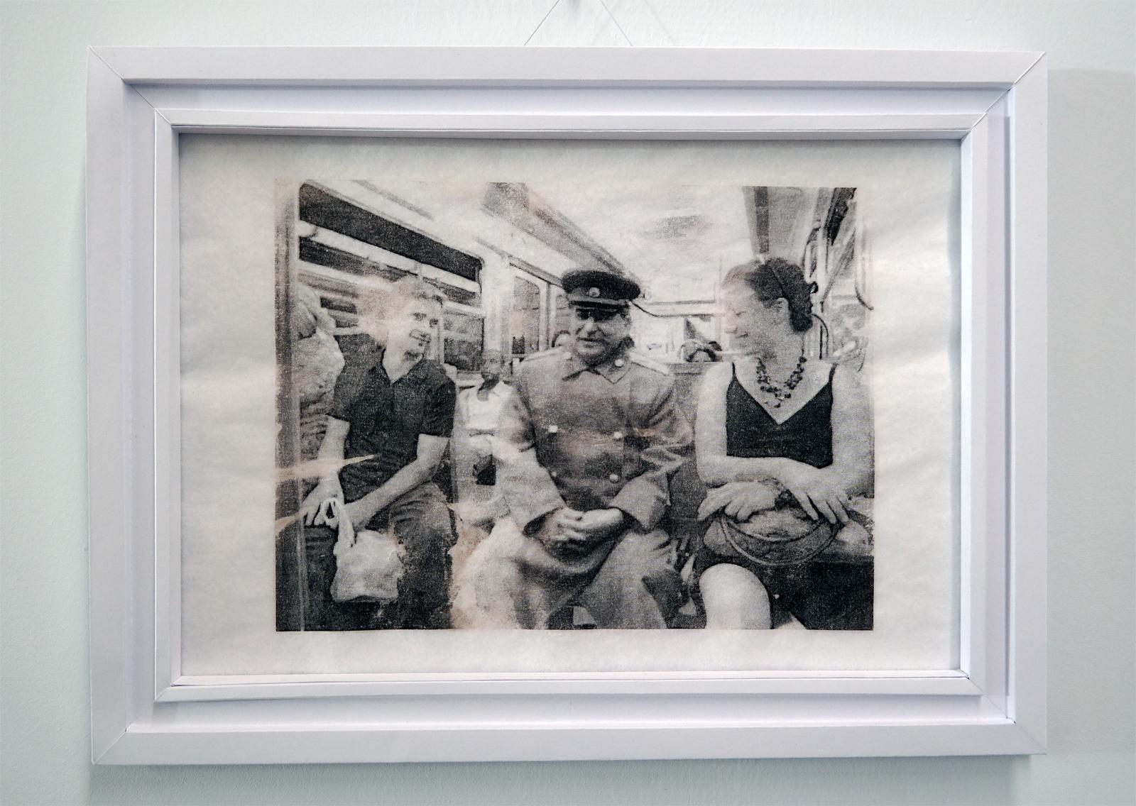 Yassine Boussaadoun Staline série Les Dictateurs dans le métro 2013 transfert sur papier oeuvre sélection 61e salon de montrouge 2016 art