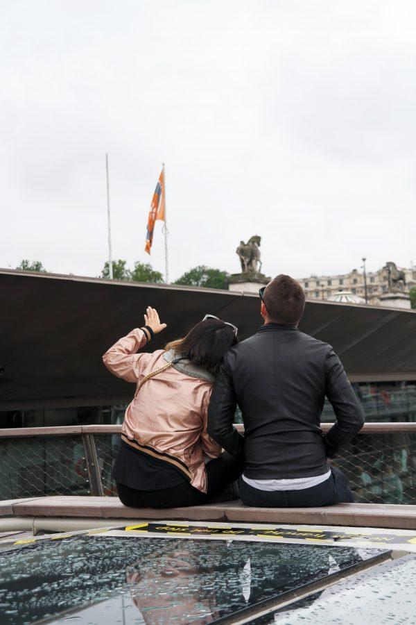 Bateaux parisiens brunch tour eiffel croisière visite balade promenade seine avis critique concours Photo by United States of Paris