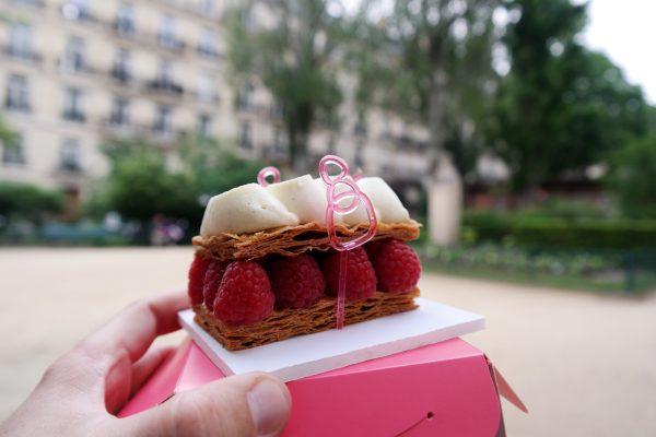 Millefeuille framboises Patisserie des Rêves Rue du Bac sucré 2016 dégustation dessert Philippe Conticini Thierry Teyssier street photo usofparis blog