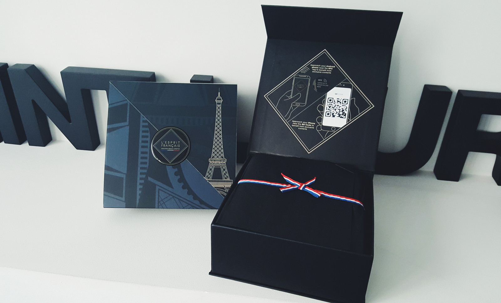 L esprit francais gift box collection Paris City Guide discover french style the best way experience the parisian lifestyle photo usofparis united states of paris blog