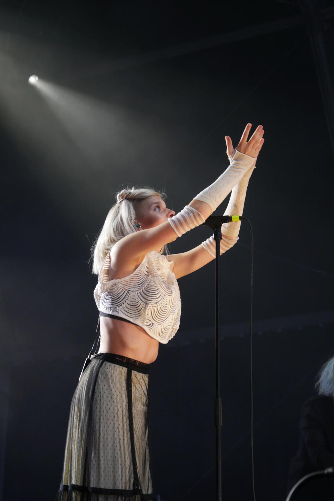 Aurora live concert Rock en Seine 2016 music festival Paris stage photo usofparis blog