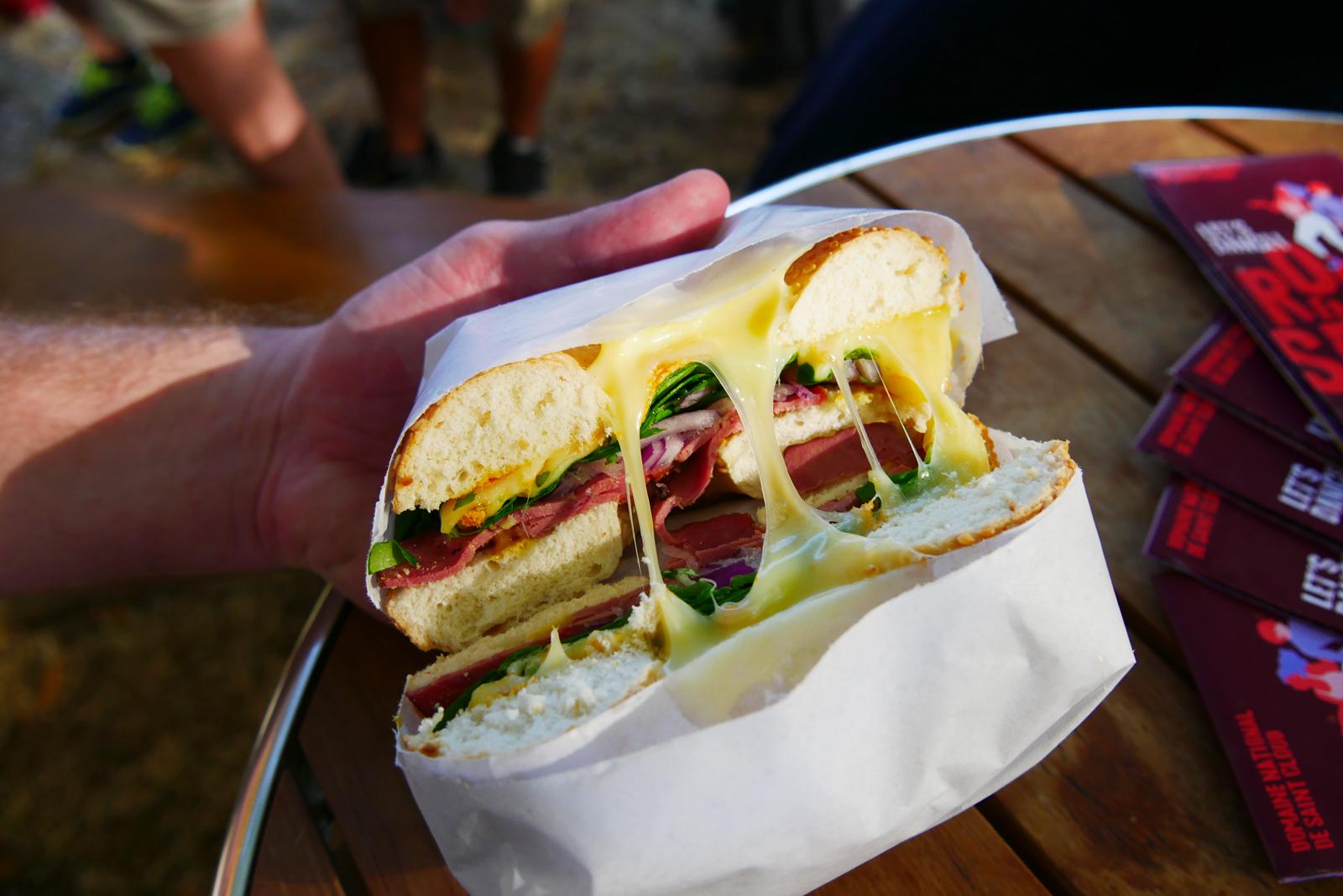 Bagel raclette richesmonts foodtruck festival Rock en Seine paris photo blog uspfparis