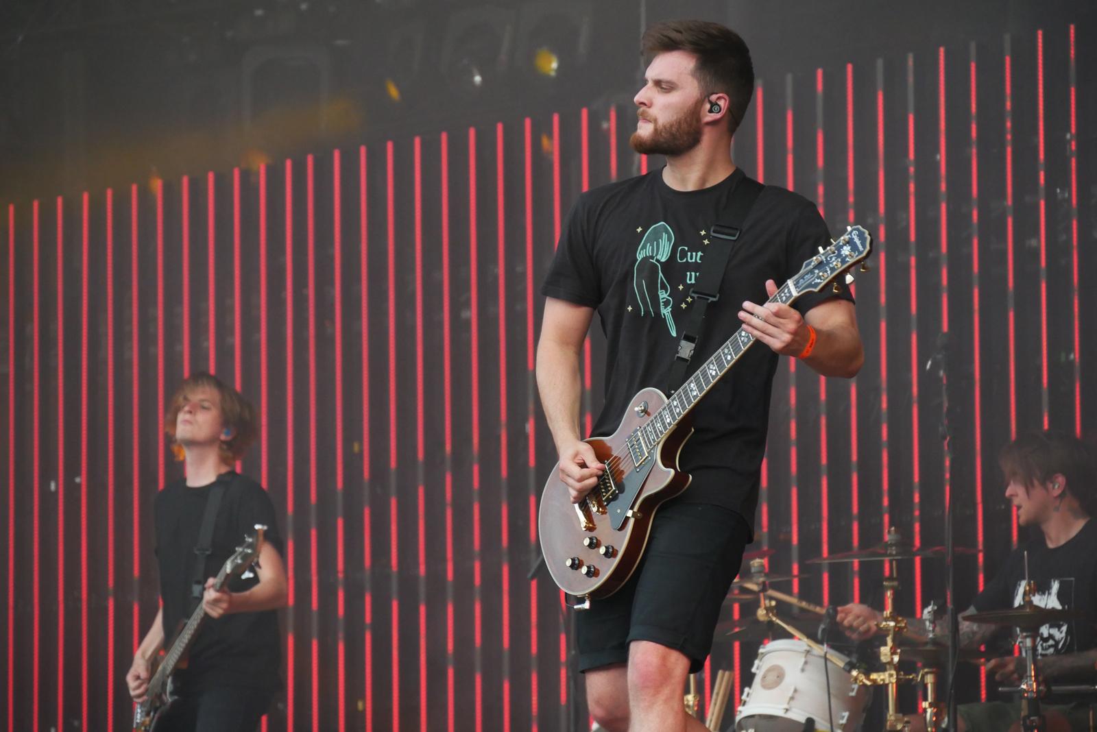 John Jones, guitare rythmique