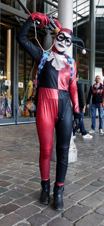 comic-con-paris-2016-expo-avis-la-villette-batman-harley-quinn-cosplay-costume-photo-by-united-states-of-paris