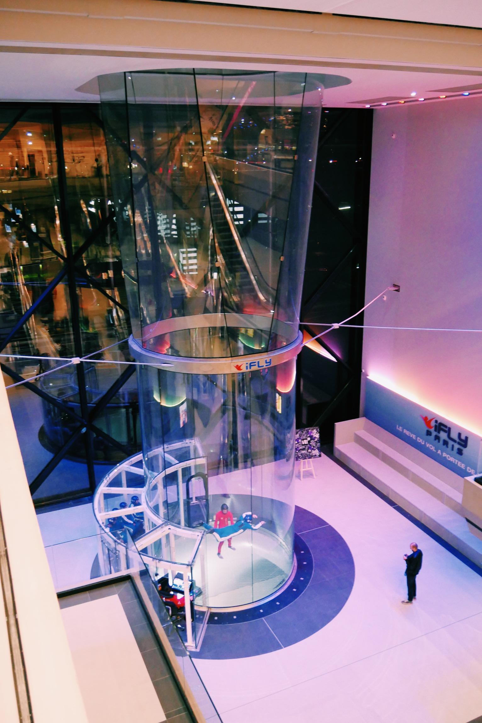 Ifly-France-simulateur-chute-libre-indoor-Vill-Up-La-Villette-Paris-photo-usofparis-blog