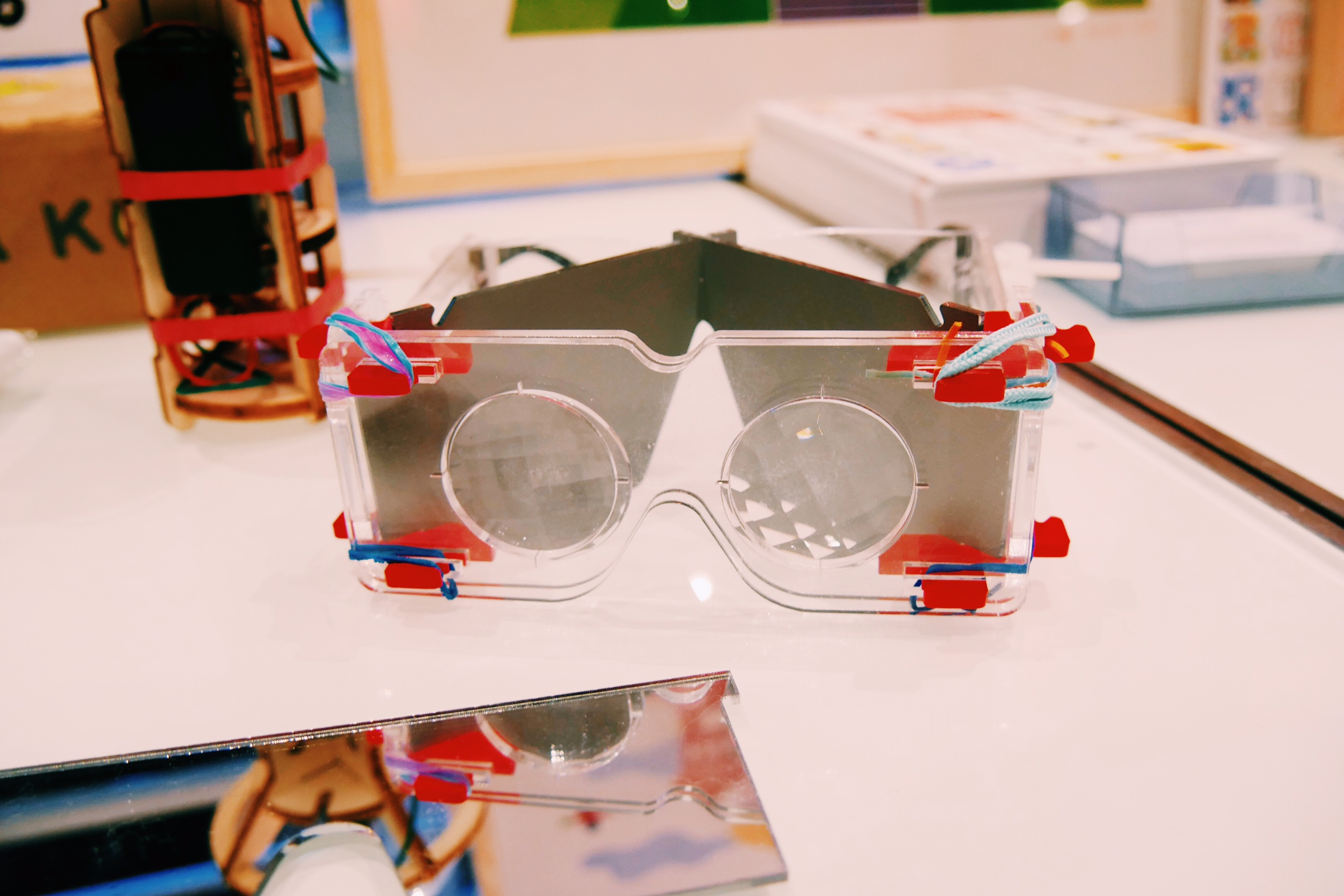 Koa-koa-box-la-vision-animale-lunettes-pour-enfants-de-5-a-10-ans-conception-designers-Noel-French-Tech-photo-usofparis-blog
