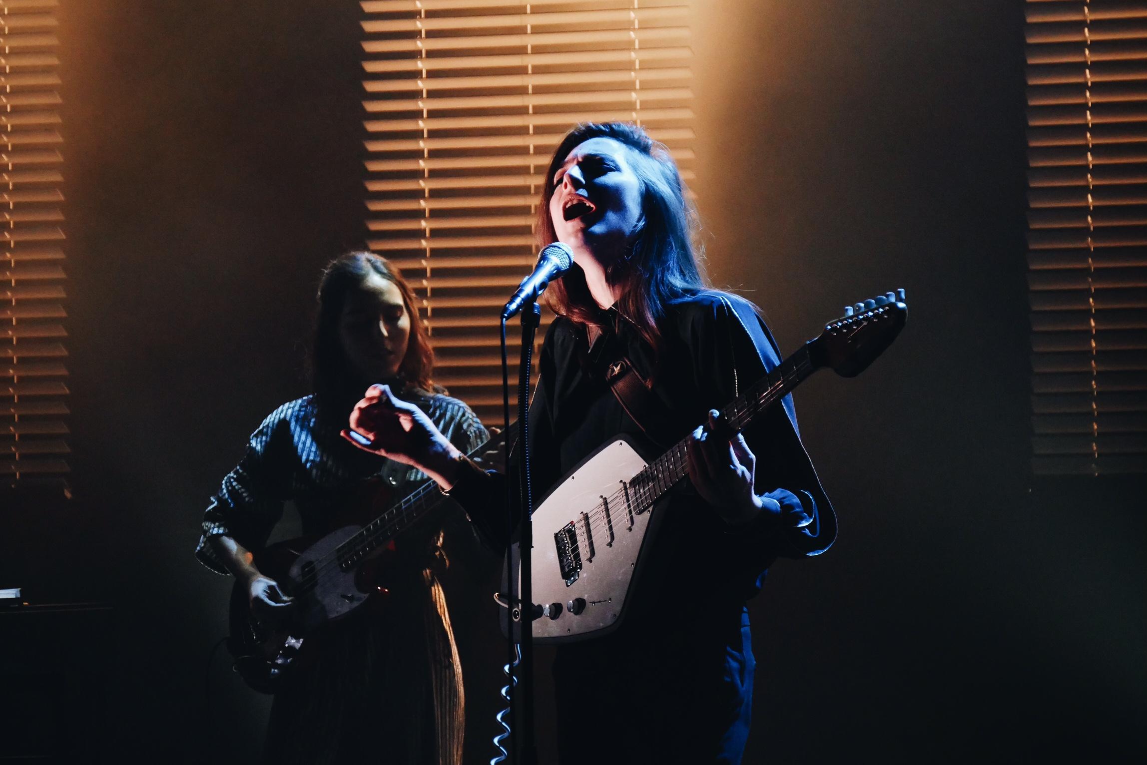 Fishbach-concert-création-Trans-Musicales-2016-festival-à-ta-merci-tour-photo-scène-usofparis-blog