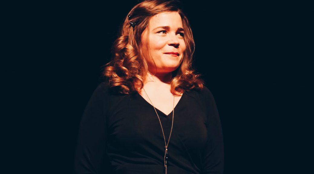 Blanche-Gardin-je-parle-toute-seule-spectacle-stand-up-L-Européen-paris-photo-scène-usofparis-blog