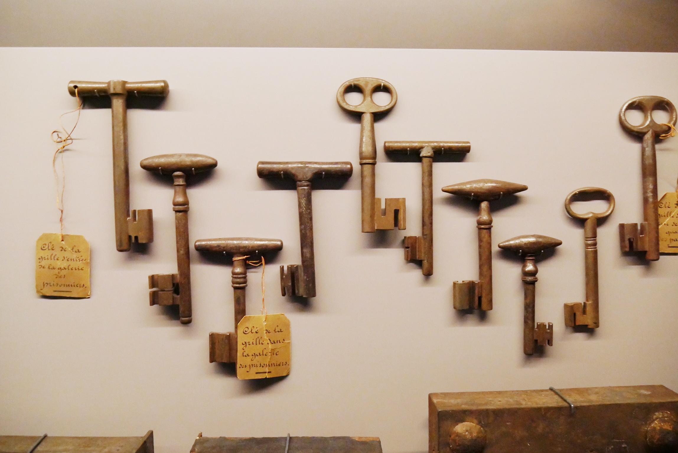 Clés et serrures de La Conciergerie Paris visite collection centre des monuments nationaux
