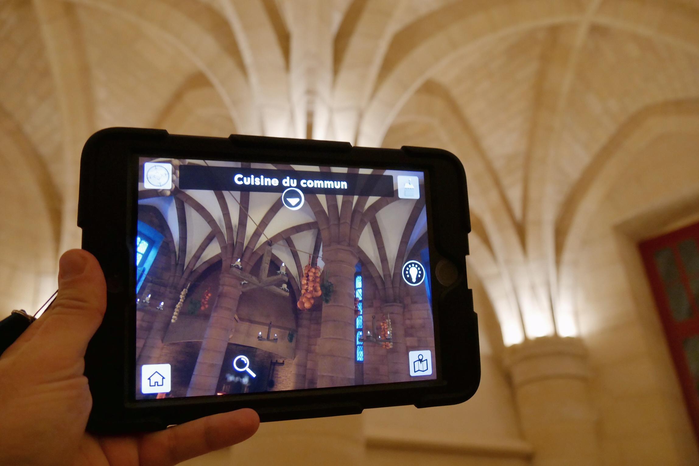 La Conciergerie paris fait sa révolution visite avec histopad réalité augmentée photo usofparis blog