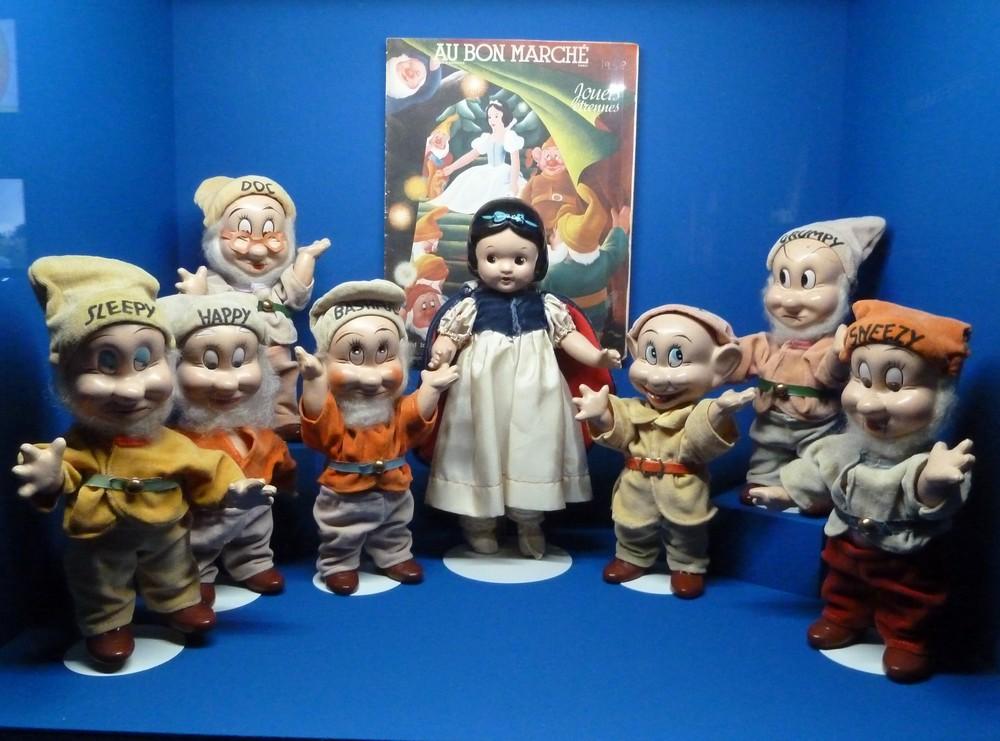 Blance neige et les 7 nains figurines Des jouets et des hommes